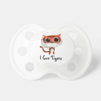 Pequeño tigre lindo chupetes de bebé