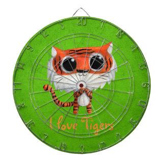 Pequeño tigre lindo tablero de dardos