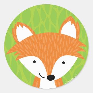 Pequeños amigos astutos del arbolado Fox Pegatina Redonda