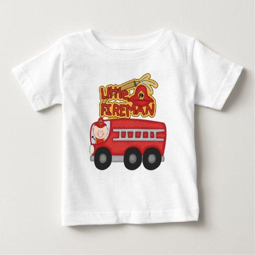 Pequeños camisetas y regalos del bombero del motor playera