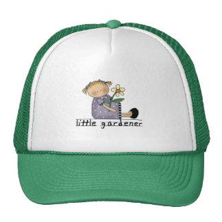 Pequeños camisetas y regalos del jardinero gorras
