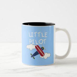 Pequeños camisetas y regalos experimentales taza de café