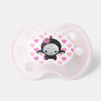 Pequeños corazones negros del rosa del cordero chupete de bebe