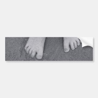 Pequeños dedos del pie etiqueta de parachoque