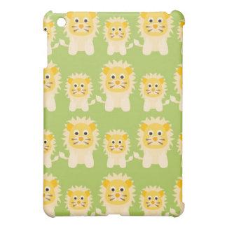 pequeños leones dulces en fondo verde