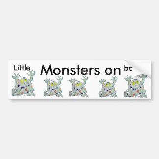 Pequeños monstruos a bordo etiqueta de parachoque
