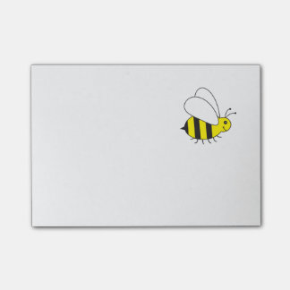 Pequeños ocupados manosean la abeja nota post-it®