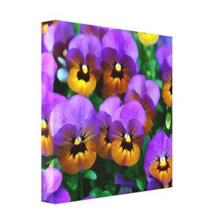 Pequeños pensamientos púrpuras arreglados en oro impresión en lona estirada