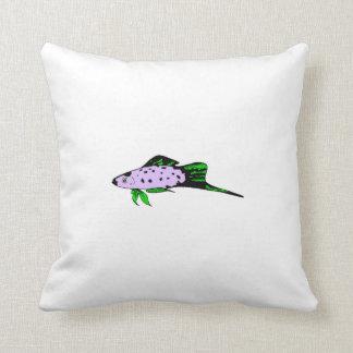 Pequeños pescados púrpuras almohada