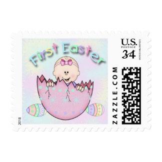 Pequeños sellos de la primera niña de Pascua