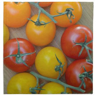 Pequeños tomates coloridos servilletas