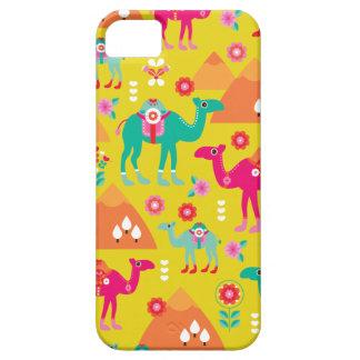 Peramide colorido de Egipto del camello del Funda Para iPhone 5 Barely There