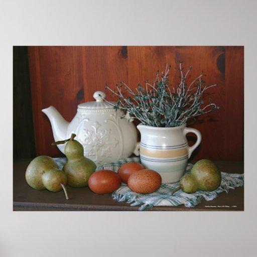 Peras, cerámica y huevos de Marans Poster