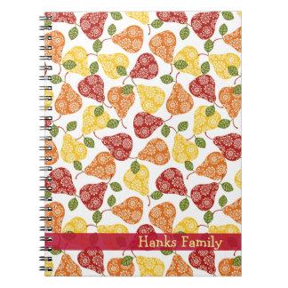 Peras lindas hermosas en colores del otoño libro de apuntes con espiral