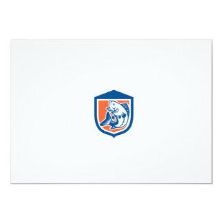 Perca americana que salta el escudo de la vista invitación 12,7 x 17,8 cm