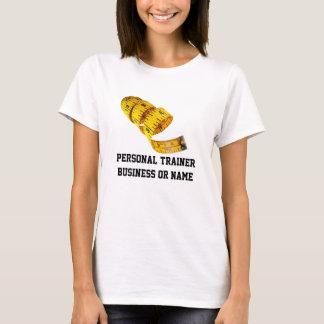 Pérdida de peso, cinta métrica amarilla playera