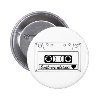 Perdido en cinta de casete clásica estérea pin redondo de 2 pulgadas
