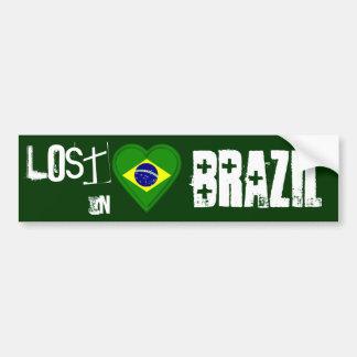 Perdido en el Brasil - corazón brasileño de la ban Etiqueta De Parachoque
