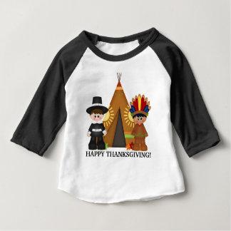Peregrino de la acción de gracias y camiseta india playera de bebé