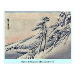Peregrinos que suben la colina nevosa por Andō, Hi Tarjeta Postal