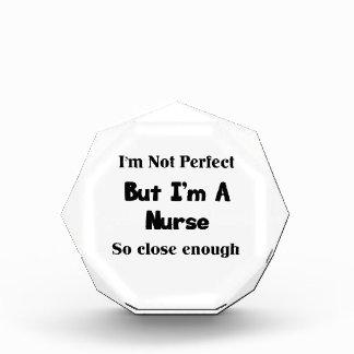 Perfeccione a la enfermera