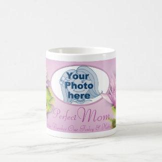Perfect mom water lily photo and kids name mug