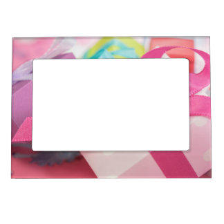 Perfect Pretty Presents Magnetic Frame