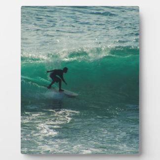perfect wave plaque