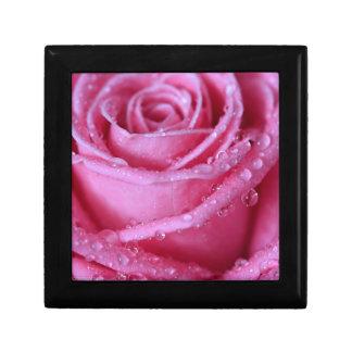 Perfectamente rosa cajas de recuerdo