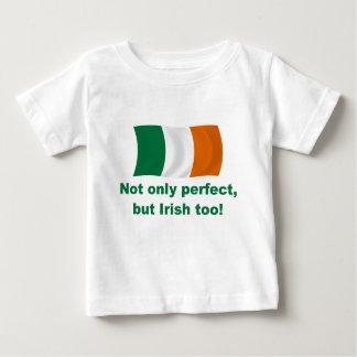 Perfecto e irlandés playera de bebé