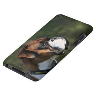 Perfil del lado del perro del boxeador iPod Case-Mate carcasa
