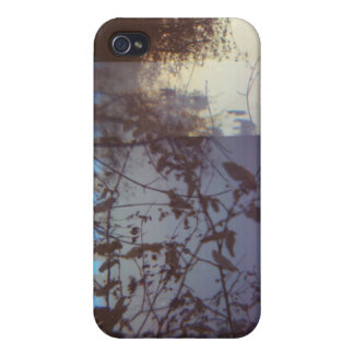 perforate lomo iPhone 4/4S covers