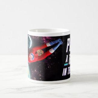 Perfore un robot taza de café