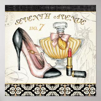 Perfume, lápiz labial rojo, y un zapato de tacón póster
