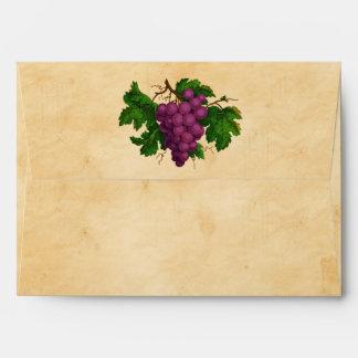 Pergamino púrpura de las uvas del vintage del tema sobres