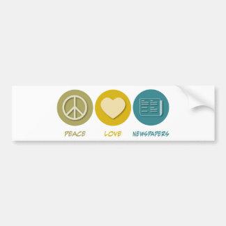 Periódicos del amor de la paz pegatina de parachoque