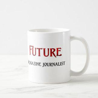 Periodista futuro de la revista taza básica blanca