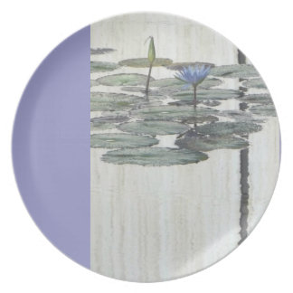 Periwinkle Water Lilly Plate
