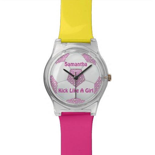 Perlas blancas en balón de fútbol rosado reloj