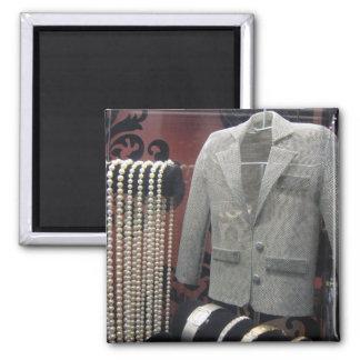 perlas y chaqueta del miniture imán cuadrado