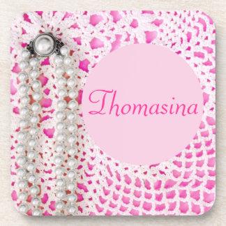 ¡Perlas y cordón rosados - PERSONALIZADOS! Posavasos De Bebida