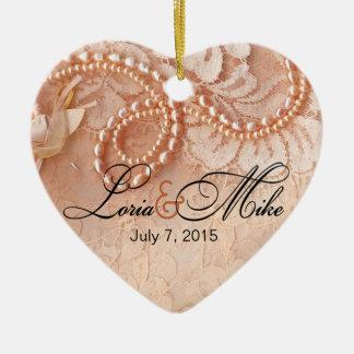 Perlas y melocotón perfecto de la foto el   del adorno de cerámica en forma de corazón