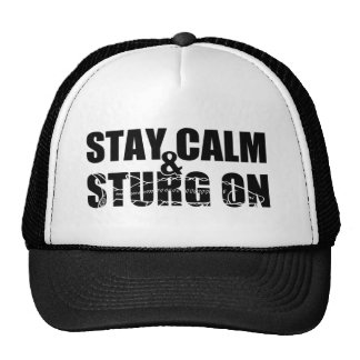 Permanezca la calma y Sturg encendido - Sturg blan Gorro De Camionero