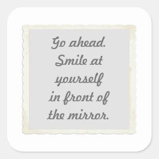 Permiso para sonreír en sí mismo pegatinas pegatina cuadrada