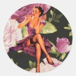 perno color de rosa púrpura lindo femenino encima pegatinas redondas