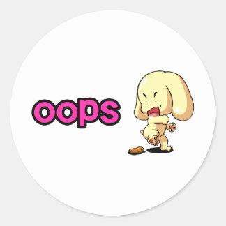 Perrito asustado etiquetas redondas