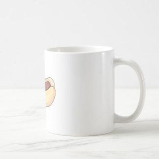 Perrito caliente en bollo taza básica blanca