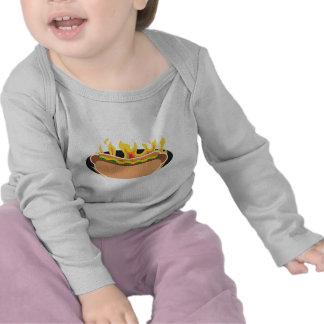 Perrito caliente llameante camisetas