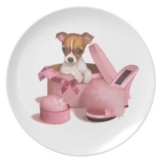 Perrito de la chihuahua platos