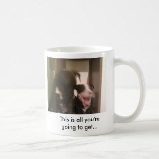 Perrito del rugido… tazas de café
